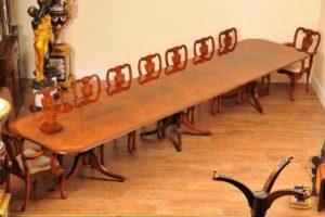 16ft Walnut Regency Pedestal Assentos de mesa de jantar 18