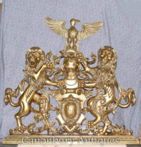 Brasão de armas de bronze Castelo inglês mão esculpida heráldica