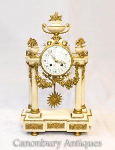 Relógio de manto de mármore Império Francês Ormolu Fixtures Classical