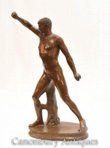 Estátua do atleta romano de bronze clássico - Estatueta de nudez do Grand Tour