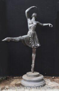 Grande estátua de bronze do bailarino - escultura da bailarina Milo